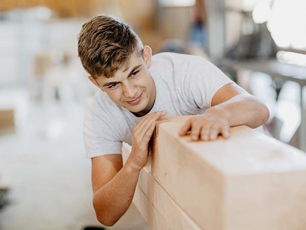 Bauen mit Holz und Lehm